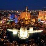 Казино Лас-Вегаса заработали миллиард долларов за месяц
