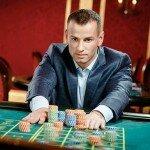Пятая часть игроманов Макао работает в казино