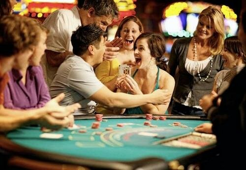 Online casinos play