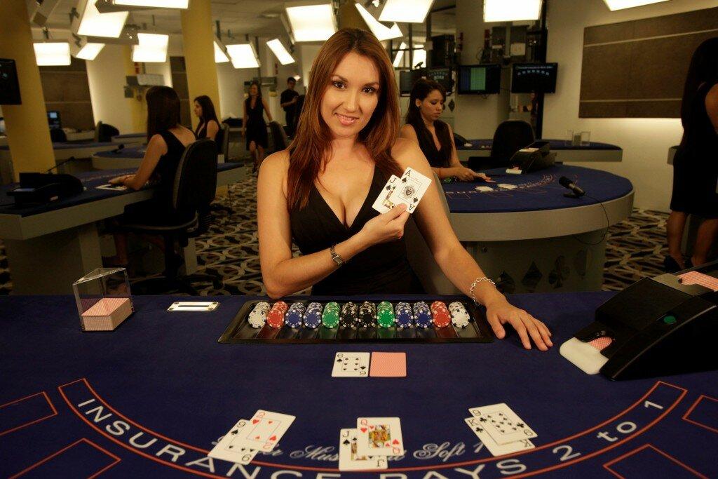 онлайн покер с живым дилером на русском